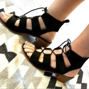Steve Madden Ronlyn black lace up heels